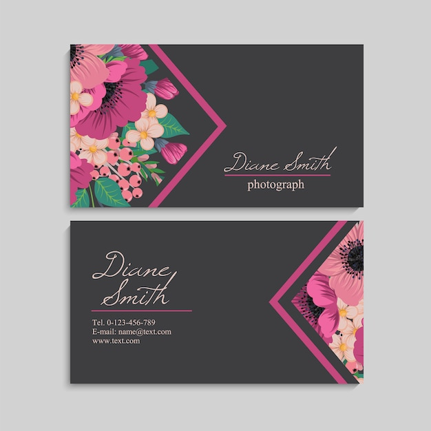 Cartão bonito do design floral Vetor grátis
