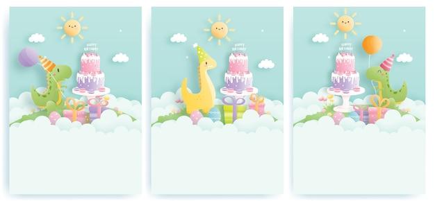 Cartão de aniversário com dinossauros fofos e caixas de presente, bolo de aniversário Vetor Premium