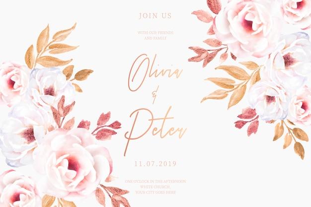 Cartão de casamento com flores românticas e folhas douradas Vetor grátis