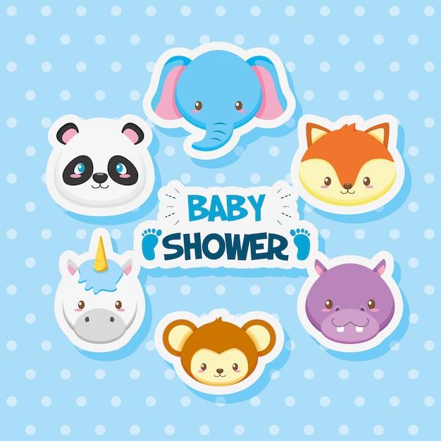 Cartão de chuveiro de bebê com animais fofos de grupo Vetor Premium