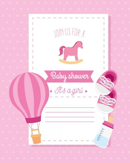 Cartão de chuveiro de bebê com cavalo de madeira e decoração Vetor Premium