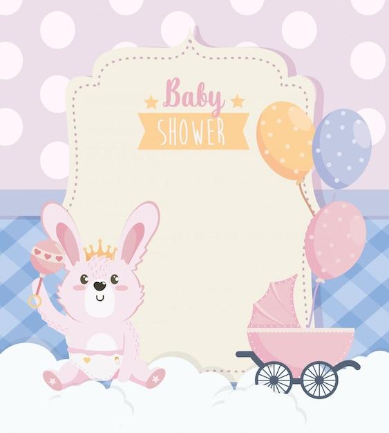 Cartão de coelho fofo com carruagem e balões Vetor grátis