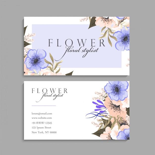 Cartão de visita com modelo de belas flores Vetor grátis