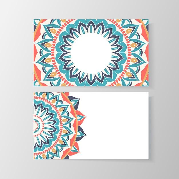 Cartão de visita com padrão floral mandala. modelo criativo, telefone e endereço, número e e-mail. ilustração vetorial Vetor grátis