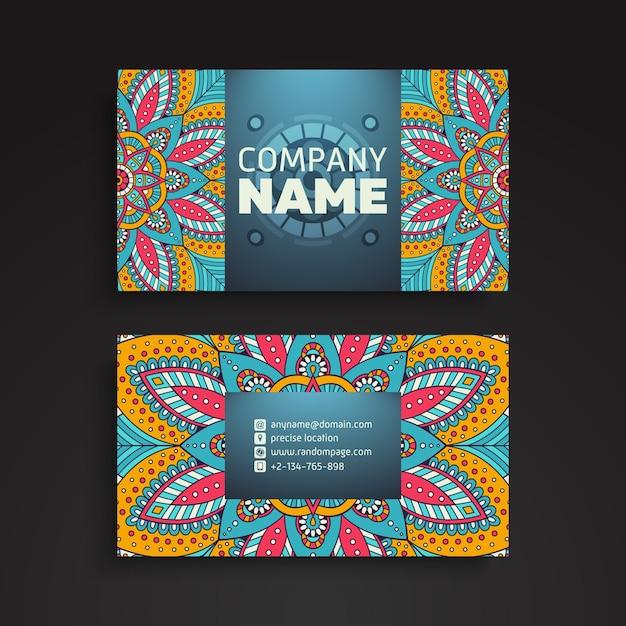 Cartão de visitas. elementos decorativos vintage. cartões de visita florais ornamentais ou convite com mandala Vetor Premium