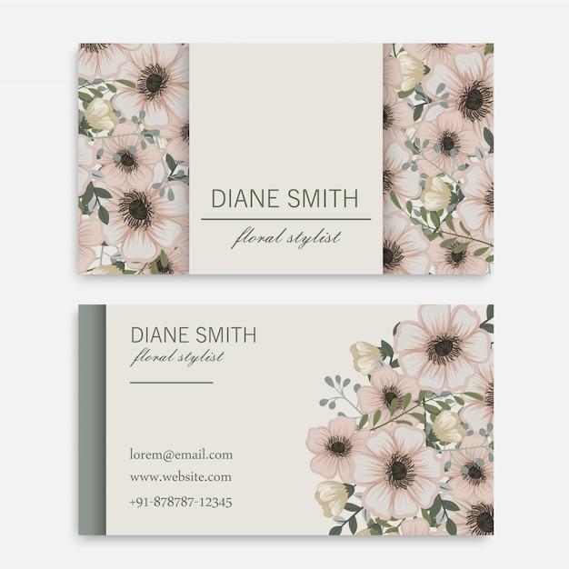 Cartão vintage com flores e bagas Vetor grátis