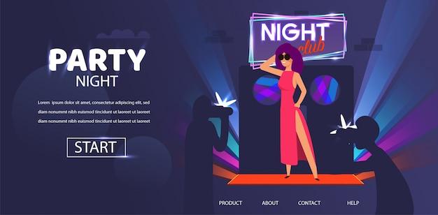 Celebridade de mulher posando na noite porta clube entrada Vetor Premium