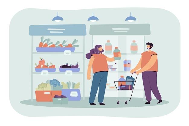 Clientes alegres, compras no supermercado com ilustração plana de carrinho isolado. ilustração de desenho animado Vetor grátis