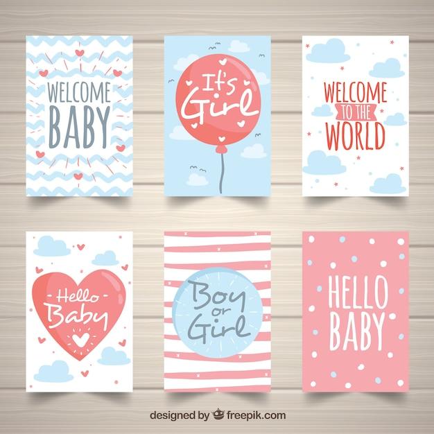 Coleção de cartões de bebê bonito em estilo desenhado à mão Vetor grátis