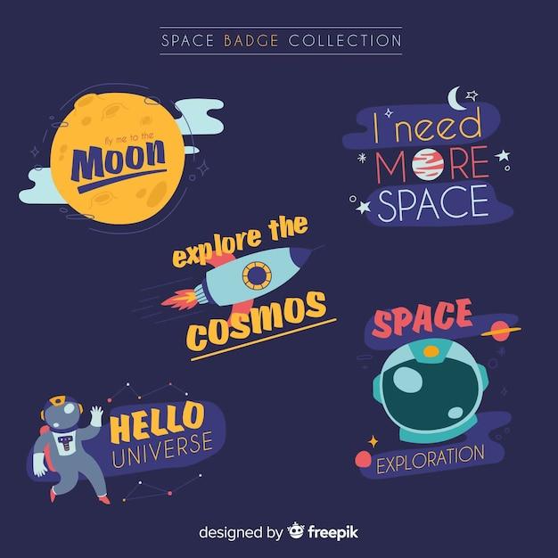 Coleção de crachá lindo espaço com design plano Vetor grátis