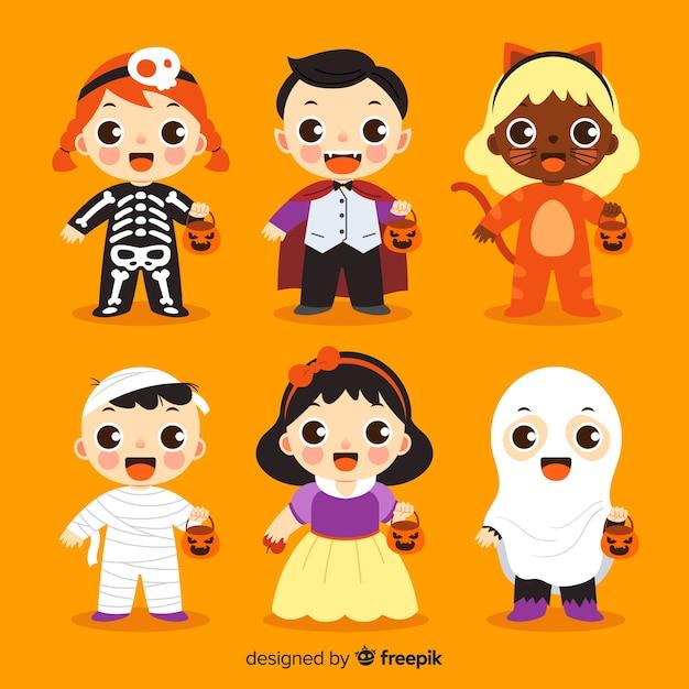 Coleção de criança halloween no design plano Vetor grátis