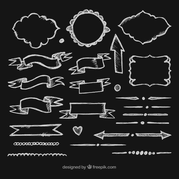 Coleção de fitas, quadros e flechas em estilo de lousa Vetor grátis
