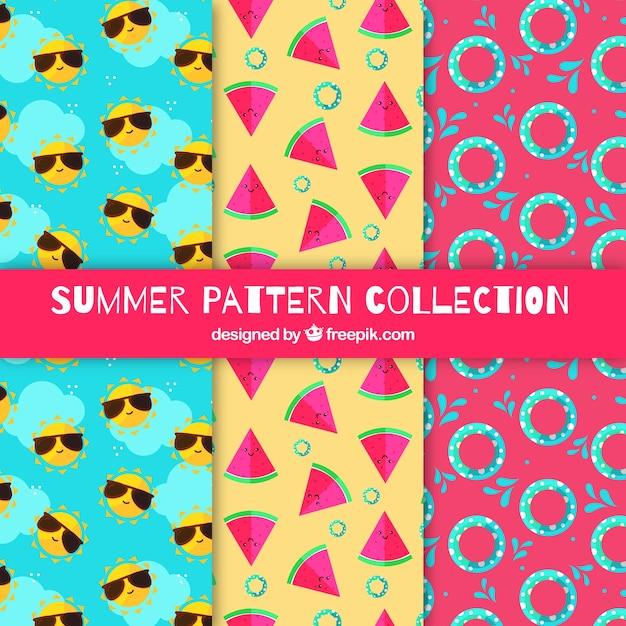 Coleção de padrões de verão com elementos de praia Vetor grátis