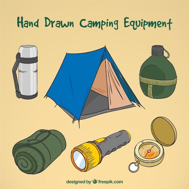 Coleção equipamentos acampamento desenhada mão Vetor grátis