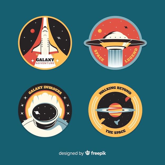 Coleção na etiqueta do espaço em design plano Vetor grátis