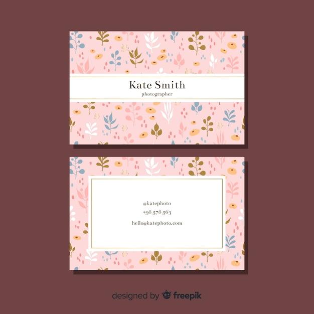 Conceito floral para cartão de visita Vetor grátis