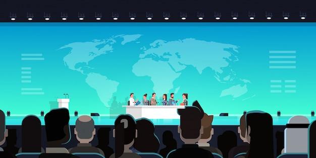 Conferência de negócios debate público conceito de entrevista encontro internacional oficial na frente da grande a Vetor Premium