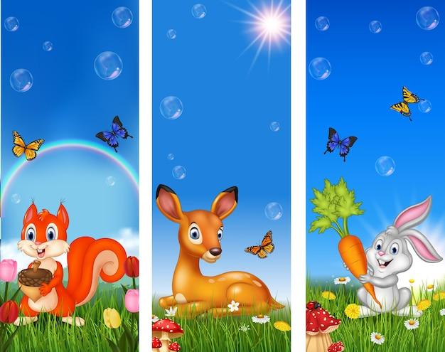 Conjunto de animais engraçados de árvore com fundo de natureza Vetor Premium