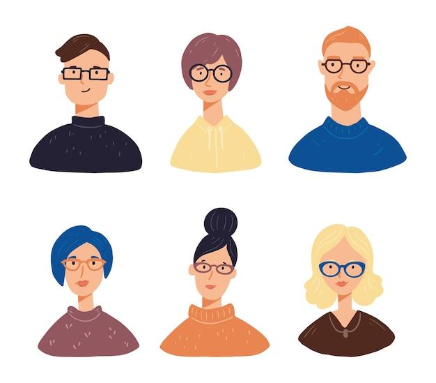 Conjunto de avatares de caractares de jovens com cabelos, roupas e óculos diferentes. as pessoas têm rostos sorridentes. Vetor Premium