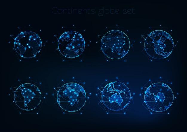 Conjunto de brilhantes globos poligonais baixos mostra o planeta terra com contornos diferentes continentes. Vetor Premium