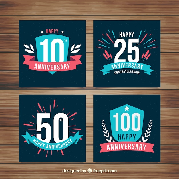 Conjunto de cartões de aniversário de casamento com números Vetor grátis