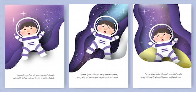 Conjunto de cartões de modelo com meninos bonitos no fundo da galáxia Vetor Premium
