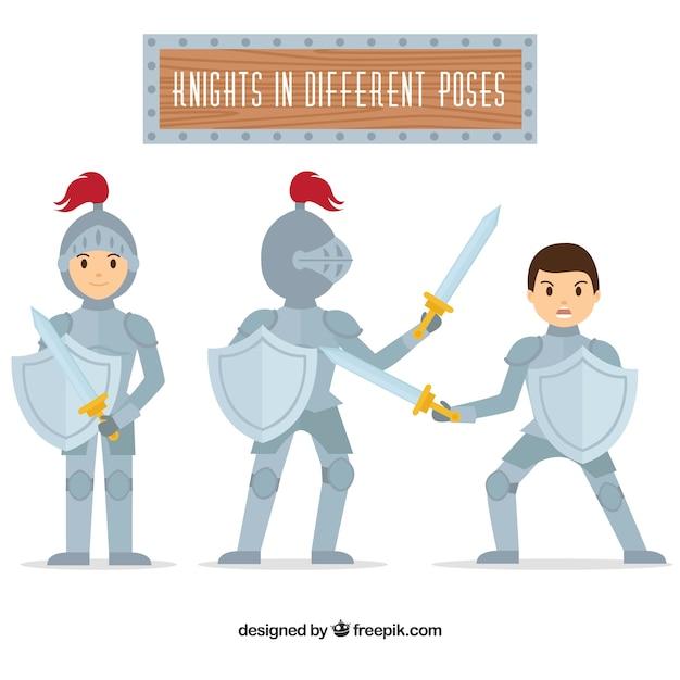 Conjunto de cavaleiros com escudos em diferentes posturas Vetor grátis