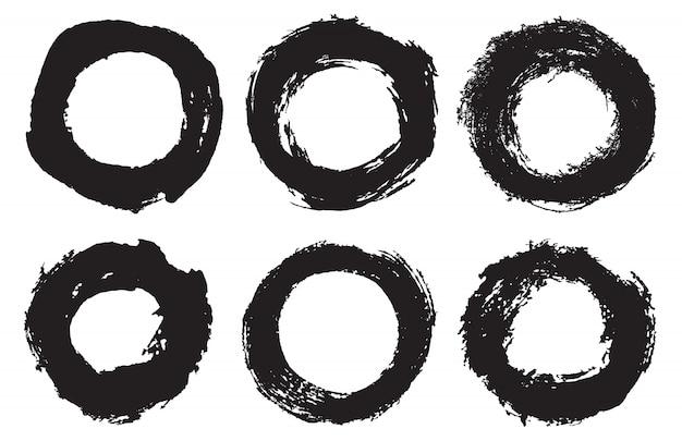Conjunto de círculos de traçado de pincel grunge Vetor Premium