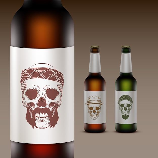 Conjunto de garrafas de cerveja com ilustração no rótulo de caveiras Vetor Premium