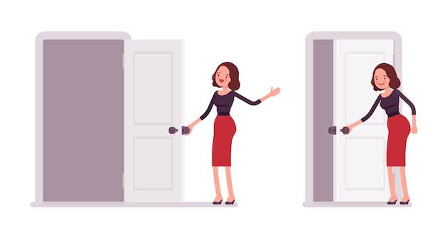 Conjunto de jovem secretária abrindo e fechando a porta Vetor Premium