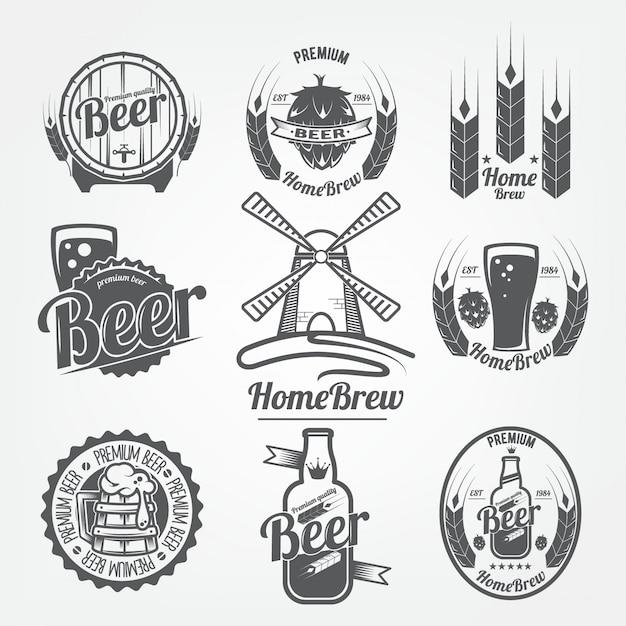 Conjunto de logotipos de cerveja. homebrew, um produto natural com grãos de alta qualidade Vetor Premium