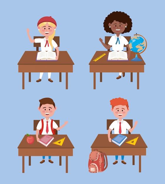 Conjunto de meninas e meninos estudantes na mesa com uniforme Vetor grátis