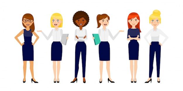 Conjunto de seis mulher de negócios sorridente diferente Vetor Premium