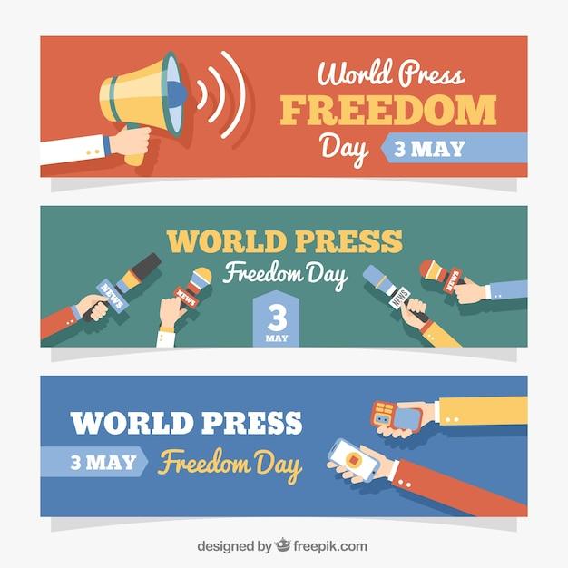 Conjunto de três bandeiras planas para o dia da liberdade de imprensa mundial Vetor grátis