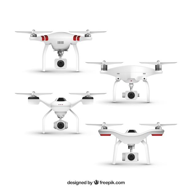 Conjunto realista de drones de quatro Vetor grátis