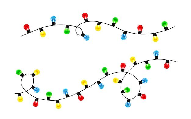 Conjuntos de guirlandas de natal. bolas coloridas de luzes de natal isoladas no fundo branco. Vetor Premium