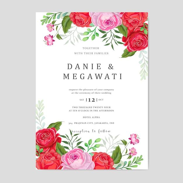 Convite de casamento com lindas flores cor de rosa e vermelhas Vetor Premium