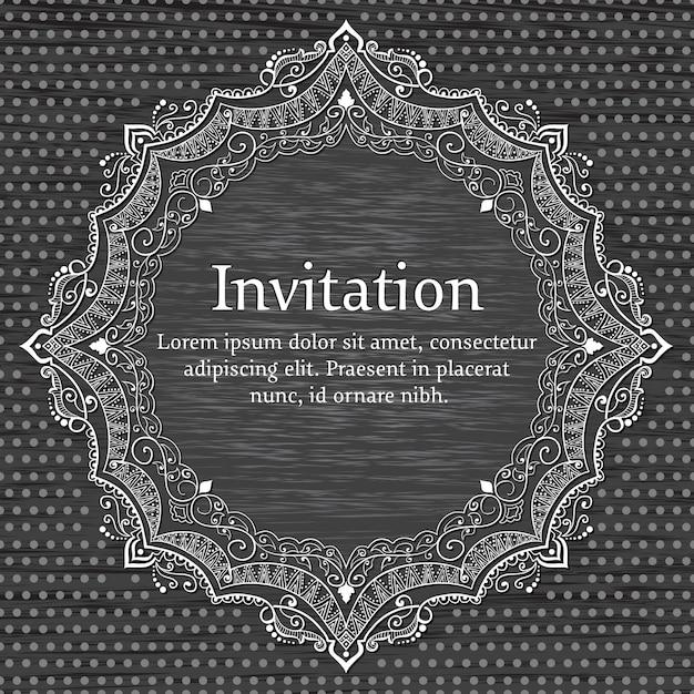 Convite de casamento e cartão do anúncio com rendas redondas ornamentais Vetor grátis