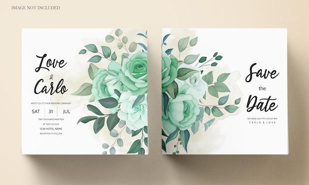 Convite de casamento elegante com flores e folhas verdes Vetor grátis