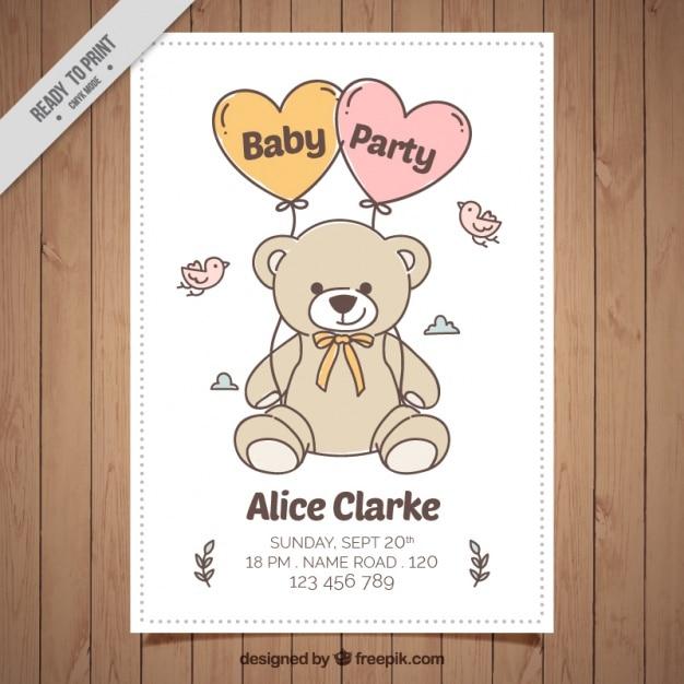 Convite do chá de bebê desenhado mão com urso e pássaros de pelúcia Vetor Premium