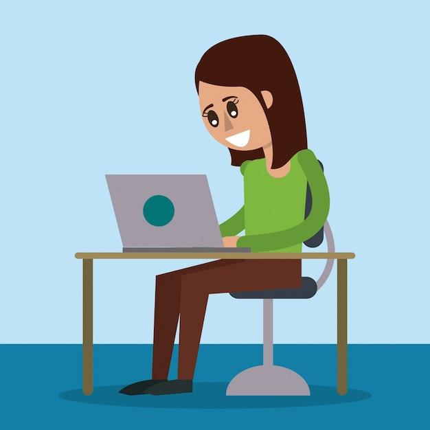 Cor de fundo da mesa com computador desktop e mulher sentada Vetor Premium