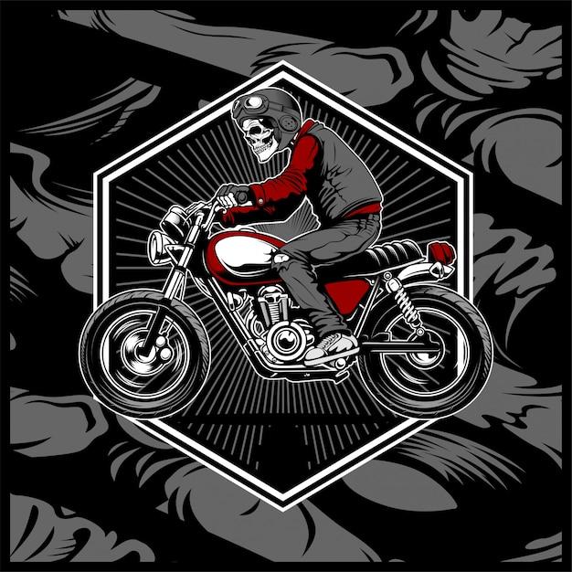 Crânio, usando um capacete, montando uma moto velha Vetor Premium