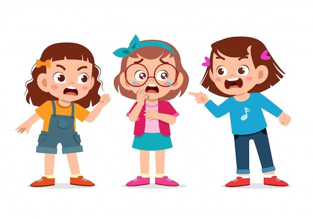 Crianças brigando Vetor Premium