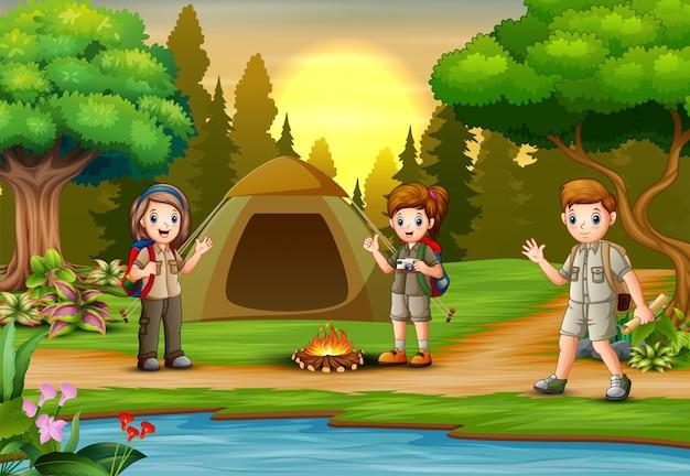 Crianças escoteiro pessoas aventura camping Vetor Premium