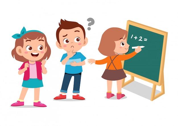 Crianças felizes, aprendendo matemática Vetor Premium