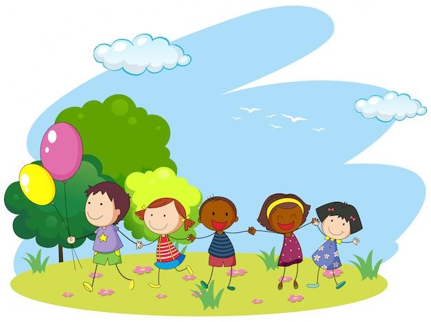 Crianças, segurando, mãos, parque Vetor grátis