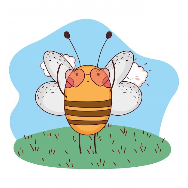 Cute abelhinha com óculos de sol de coração no acampamento Vetor Premium