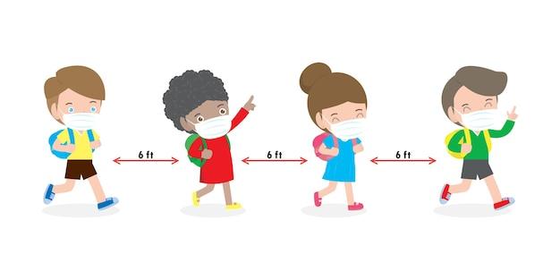 De volta às aulas para o novo conceito de estilo de vida normal, crianças usando máscara facial e distanciamento social protegem o coronavírus covid 19 isolado no fundo branco Vetor Premium