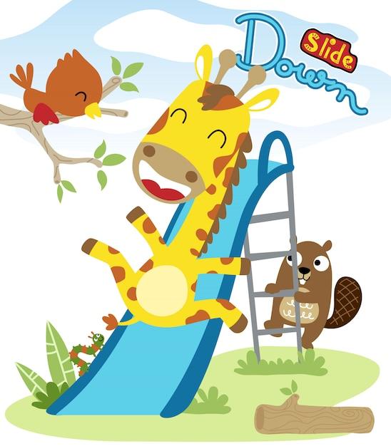 Desenhos animados de animais agradável jogando slide Vetor Premium
