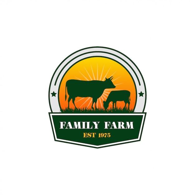 Design de logotipo de fazenda de vaca Vetor Premium